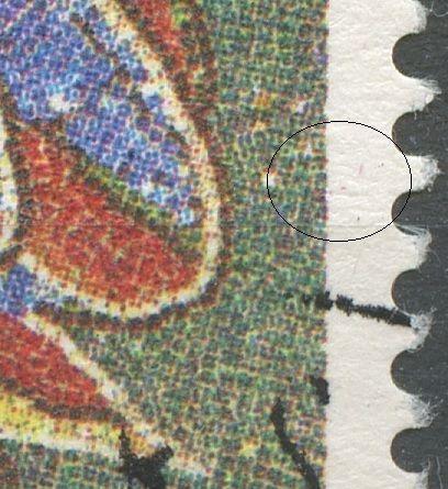 Små magenta pletter i h. margin